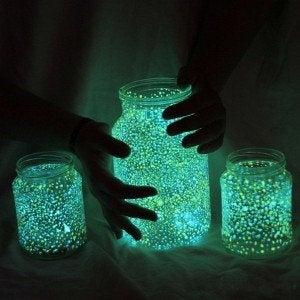 Barattoli fluorescenti contenitore luminoso