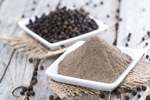 Benefici del pepe nero smoothie speciale