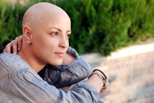 donna con cancro