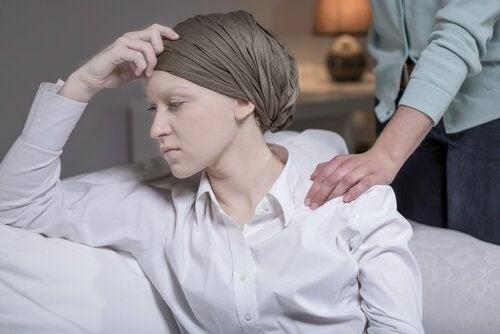 sensore tattile donna malata di cancro