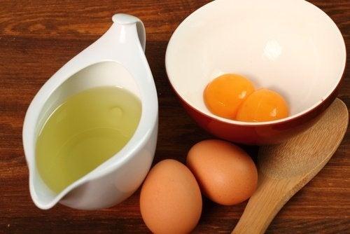 Maschera con uovo e aceto