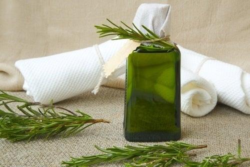 olio di rosmarino per tinte capelli
