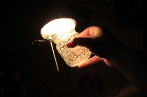 Vernice e luce contenitore luminoso