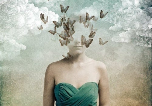 viso di donna coperto da farfalle la menzogna