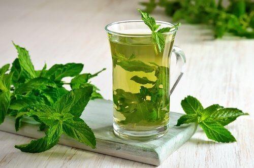 5 fantastici tè per perdere peso facilmente