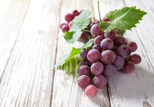 uva rossa per frullato cuore
