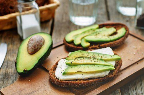 9 motivi per mangiare avocado