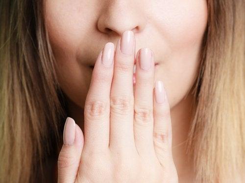 Sapore metallico in bocca