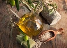 ampolla con olio d'oliva