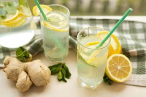 Ridurre il colesterolo cattivo con limone e zenzero