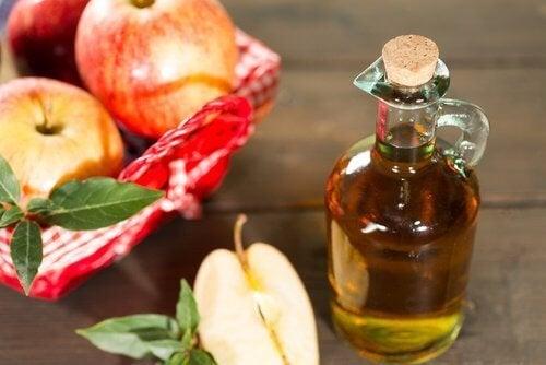 Aceto di mele per eliminare i funghi
