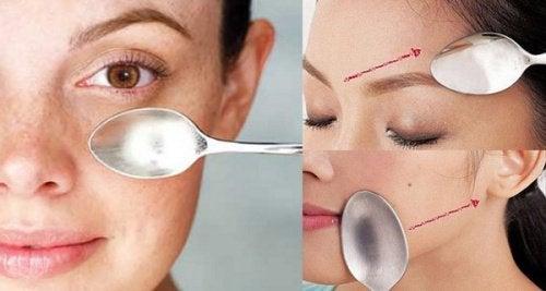 Incredibili effetti del massaggio facciale del cucchiaio