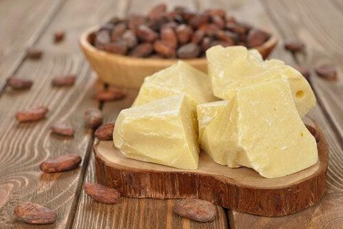 burro di cacao per dermatite
