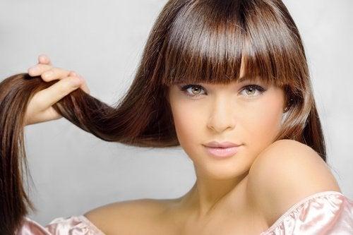 come-rigenerare-i capelli unguento