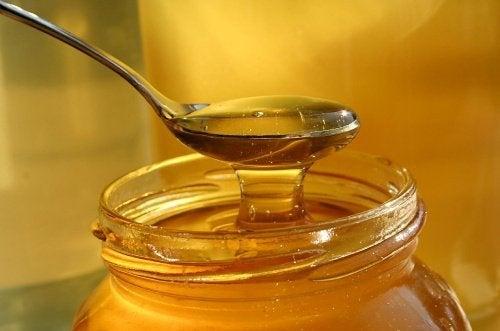7 sorprendenti usi del miele che non conoscevate