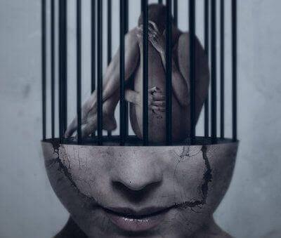 essere-prigionieri-della-bassa-autostima