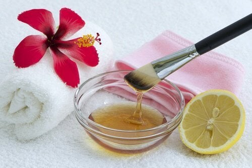 rimedio al limone pelle