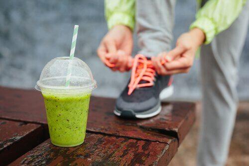 Frullato-verde-per-gli-sportivi contro l'infiammazione