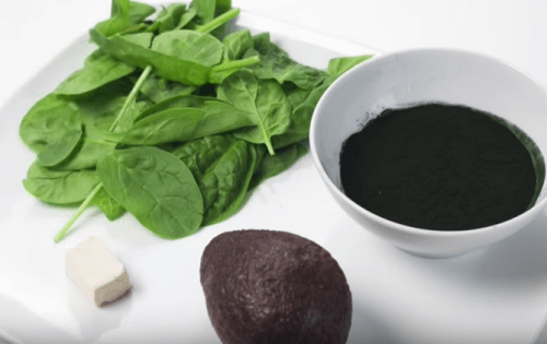Ingredienti frullato verde lievito di birra