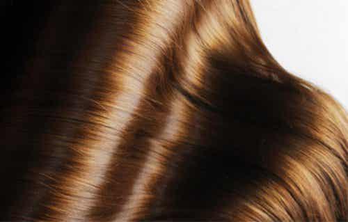 Combattere la caduta dei capelli con il lievito di birra
