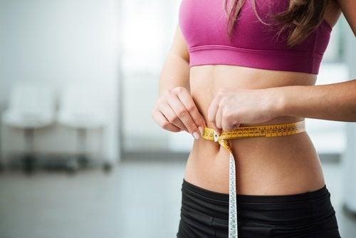 Perdere peso con acqua di cetriolo