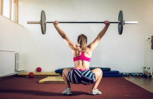 Squat sumo flaccidità gambe