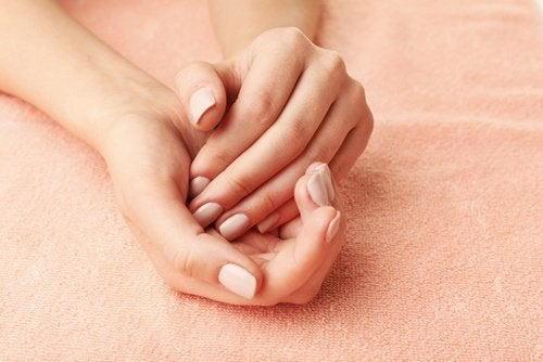 ammorbidire le mani