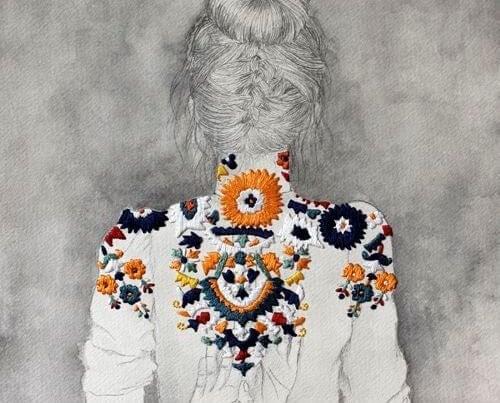 donna-di-spalle