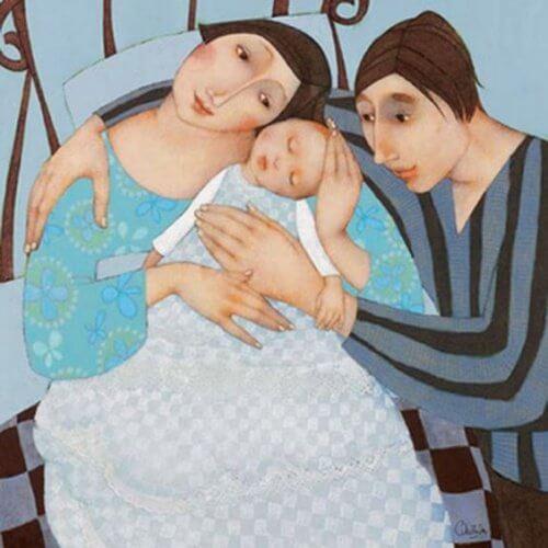 madre-e-padre-abbracciano-figlio