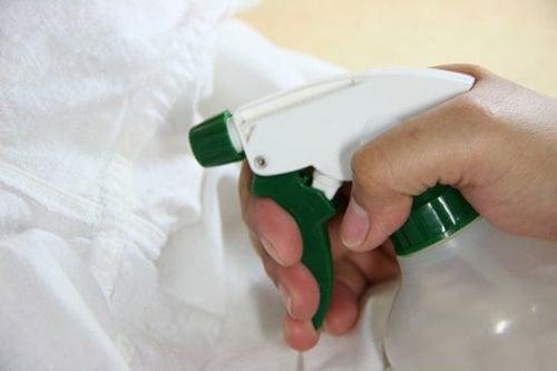 spray per eliminare macchie di grasso