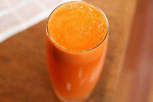 la maca può essere assunta insieme a del succo di frutta