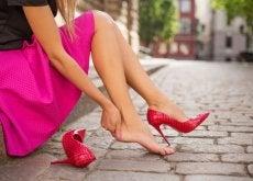 usare-scarpe-scomode