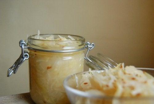 ripristinare la flora intestinale - Cavoli fermentati