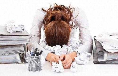 donna-stressata