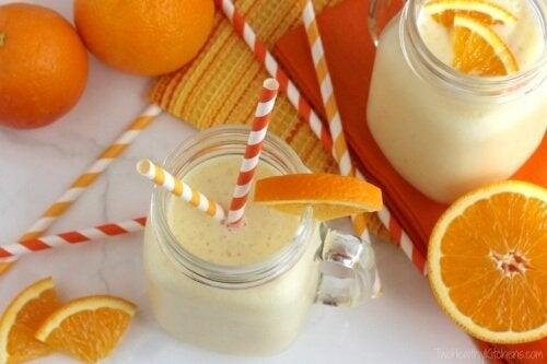 frullato di arancia e yogurt cancro al seno