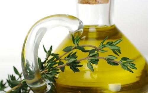 olio essenziale di timo per decongestionare le vie respiratorie