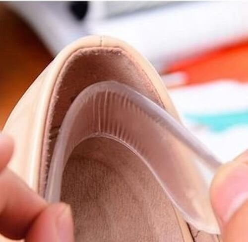 I cuscinetti in gel prevengono la formazione delle vesciche e il conseguente mal di piedi provocato dalle scarpe