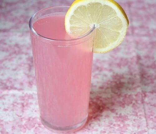 Rimedi alcalini con limone