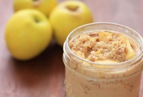 Quinoa con mela e cannella : tutti i benefici a colazione