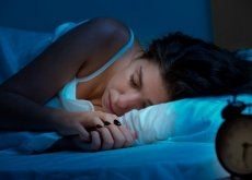 donna che dorme sonno ristoratore