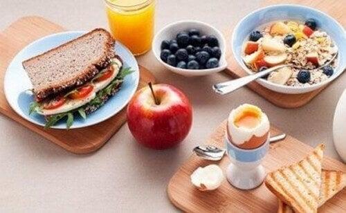 6 errori che commettiamo a colazione