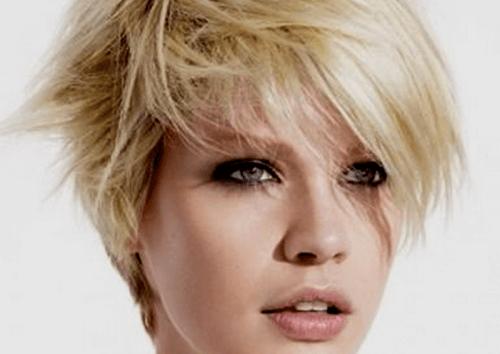 5 tagli di capelli per sembrare più giovani