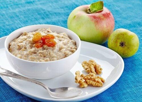 5 alimenti da mangiare a colazione per perdere peso