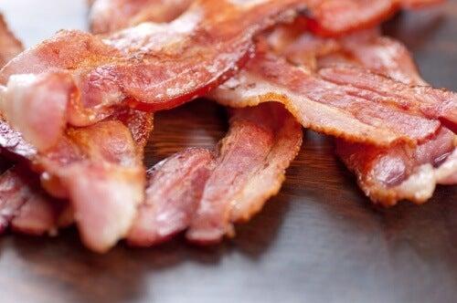 I 7 peggiori ingredienti da aggiungere all'insalata