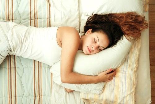 7 consigli per addormentarsi più in fretta