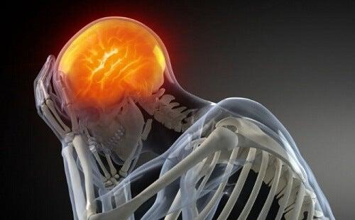 6 effetti poco conosciuti che l'ansia causa al corpo