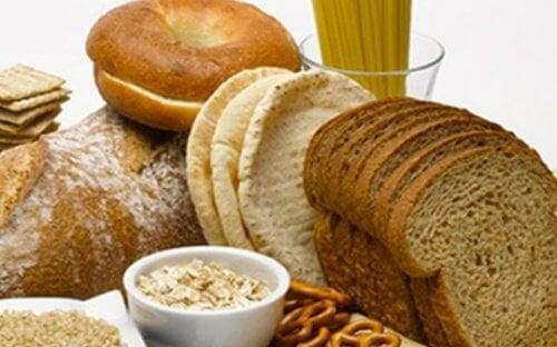 Prodotti con glutine, abitudini alimentari che danneggiano il viso