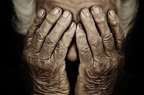 7 cose di cui ci si pente giunta la vecchiaia