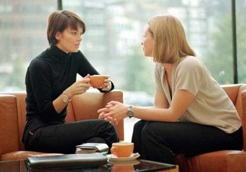 donne-che-conversano