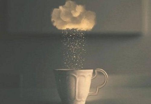 nuvola-e-tazza-caffe